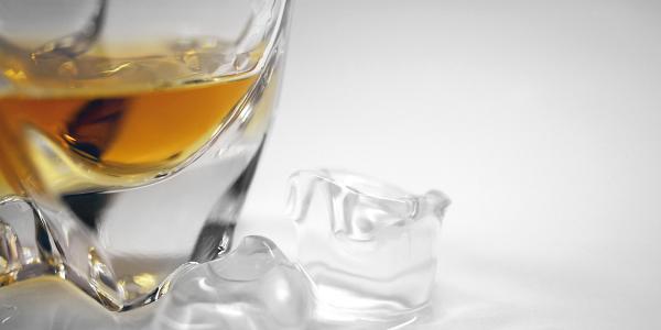 Whiskyens mixologi + drinksopskrifter med whisky